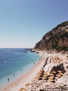 Czy warto pojechać na wczasy do Czarnogóry?