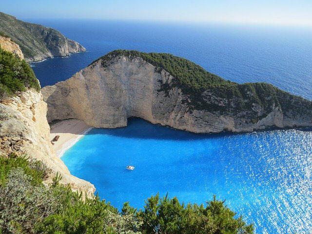 Wakacje w Grecji, Bułgarii, czy jeszcze gdzie indziej? Zaplanuj podróż marzeń!