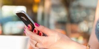 Jak zadbać o bezpieczeństwo dziecka na wakacjach dzięki aplikacji mobilnej